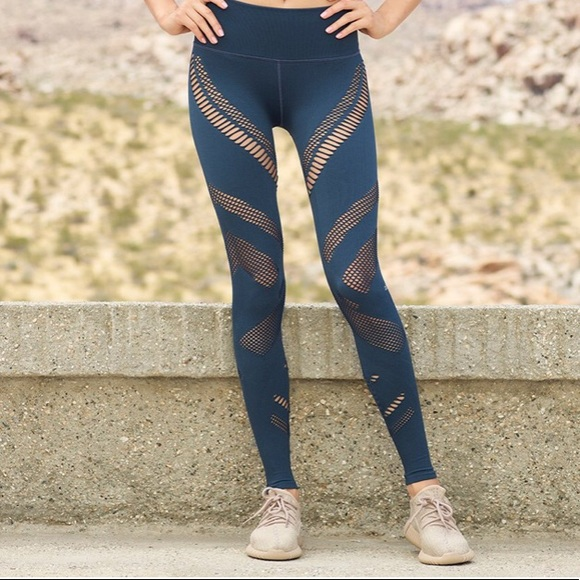 9ef3efbbda3799 ALO Yoga Pants | Aloyoga High Waist Seamless Radiance Legging | Poshmark